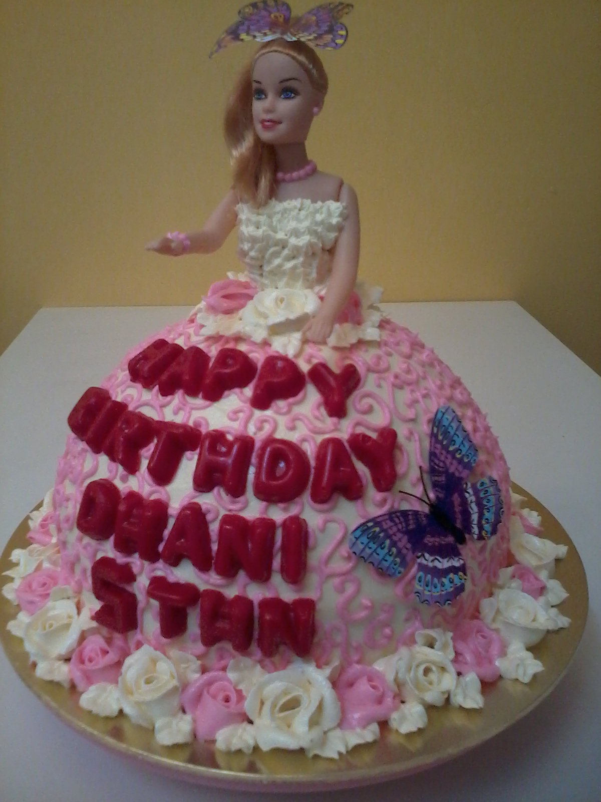 Super Barbie Doll Birthday Cake Linacupcakecreations Birthday Cards Printable Opercafe Filternl