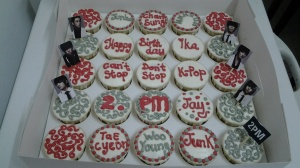 K pop cake